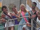 Carolina Dieckmann e outros famosos vão ao bloco de Preta Gil