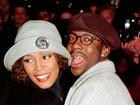 Família não quer que ex de Whitney tenha direito a fortuna da cantora