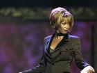 Site: Whitney esteve no médico 3 vezes na semana anterior a sua morte