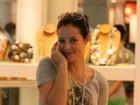 Paola Oliveira e Vagner Love passeiam em shopping no Rio
