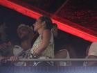 Bruno Gagliasso e Giovanna Ewbank trocam beijos em Salvador