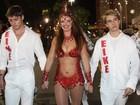 Luma de Oliveira brilha em desfile do grupo de acesso carioca