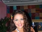 Na Bahia, Paloma Bernardi, recém-solteira afirma: 'Vou ficar quietinha'