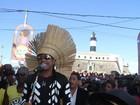 Carlinhos Brown lidera o 'Arrastão' fechando o carnaval de 2012 na Bahia