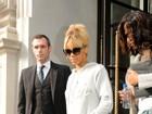 Rihanna gasta quase R$ 41 mil para cuidar do cabelo, diz jornal
