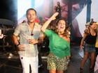 Fernanda Souza vibra com o último show do Exaltasamba. Fotos!