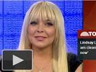 Cheinha, Lindsay Lohan diz: 'Estou limpa e sóbria'