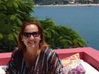 Claudia Jimenez curte fim de semana em Búzios