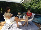 Sandy estreia no 'Superbonita' entrevistando Samara Felippo
