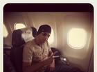 Latino passa susto em viagem de avião: 'Pane'
