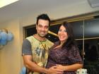 Priscila Pires faz um ano de casada e comemora no Twitter