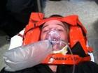 Filho de Schwarzenegger sofre acidente e posta foto do machucado