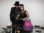 Ex-BBB Mayara curte primeiro dia de casada