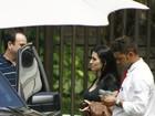 Cleo Pires vai a restaurante no Rio