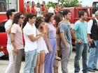 Elenco de 'Fina Estampa' grava cenas da novela em praia carioca