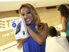 Leilah Moreno causa saia justa durante evento de telefonia no Rio
