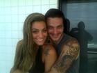 Ex-BBBs Rafa e Monique posam abraçados: 'Que saudade, te amo'