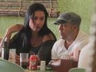 Belo e Gracyanne almoçam em shopping no Rio