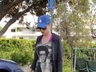 Katy Perry usa camiseta com foto de Justin Bieber estampada
