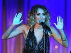 Pelo Twitter, Miley Cyrus desmente boatos: 'Eu não estou noiva'