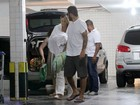 Marido de Piovani reclama de fotos do filho publicadas por jornal: 'Triste'