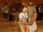 Em família, Fabiana comemora o vice no 'BBB12': 'Parece que saí da prisão'