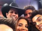 Ivete Sangalo publica foto rodeada de artistas no 'Melhores do Ano'