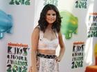Britânico é preso por invadir conta de Selena Gomez no Facebook