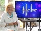 'Estou com uma saudade enorme de vocês', diz Hebe em seu programa