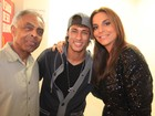 Neymar posa com Ivete Sangalo em bastidores de show de Thiaguinho
