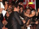 Fãs pedem Zac Efron em casamento em lançamento de novo filme