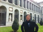 Ex-BBB Fael curte folga na Europa e posta foto na Espanha