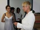Xuxa inaugura área digital em sua fundação ao lado de Christiane Torloni