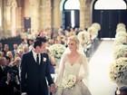 Fotos do casamento da top Carol Trentini são divulgadas em revista