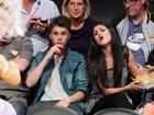 Representante nega que Bieber e Selena Gomez estejam noivos