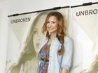 'Estou solteira e não me importo em paquerar brasileiros', diz Demi Lovato