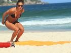 Repórter do Faustão Talitha Morete vai à praia no Rio