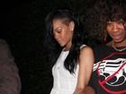 Mudou de time? Rihanna tem encontro romântico com mulher