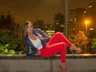 Nicole Bahls posa na Avenida Paulista, em São Paulo