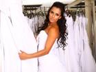 Vestida de noiva, ex-BBB Kelly ensaia para o seu grande dia em sessão de fotos para o EGO