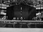 Madonna mostra palco da turnê que chega ao Brasil em dezembro