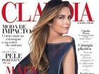 Cláudia Abreu aparece bem diferente de Chayene em capa de revista
