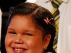 Filha de Symony conta com ajuda da mãe para decorar roteiro de 'Carrossel'