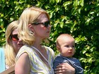 January Jones e o filho Xander (Foto: Grosby Group)
