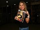 'O Brasil não quer polêmica?', diz ex-BBB Renata sobre capa de revista