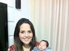 Em seu primeiro dia das mães, Perlla apresenta a filha, Pérola, para o EGO