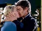 Andrew Garfield e Emma Stone se beijam em trailer de 'Homem Aranha'