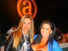 Solange Gomes curte noite paulista com Renata Banhara