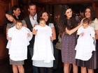 Isabella Fiorentino comemora um ano dos filhos trigêmeos