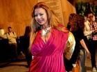 Voa borboleta! Atriz incorpora Chayene em evento de moda no Rio